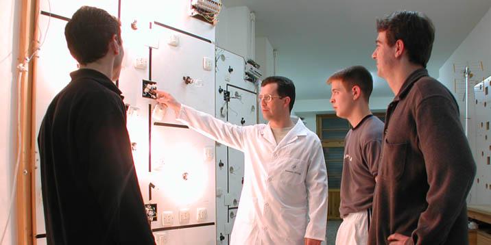 formacion profesional electricidad y electrónica