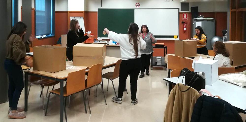 Alumnas INTER Ciclo Ed. Infntil visitan el CEU 3