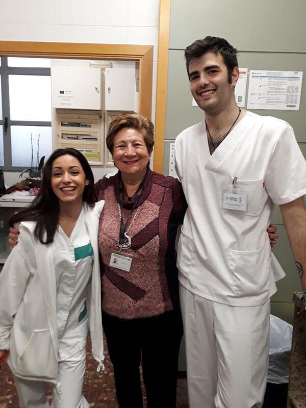 María Soler y Adrián García alumnos de Aux. Enfermería de Instituto INTER