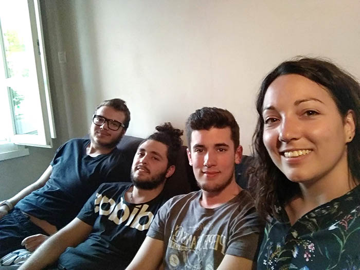 Visita de Alba Pérez a los alumnos de CFGM Automoción en Codogno (Italia)