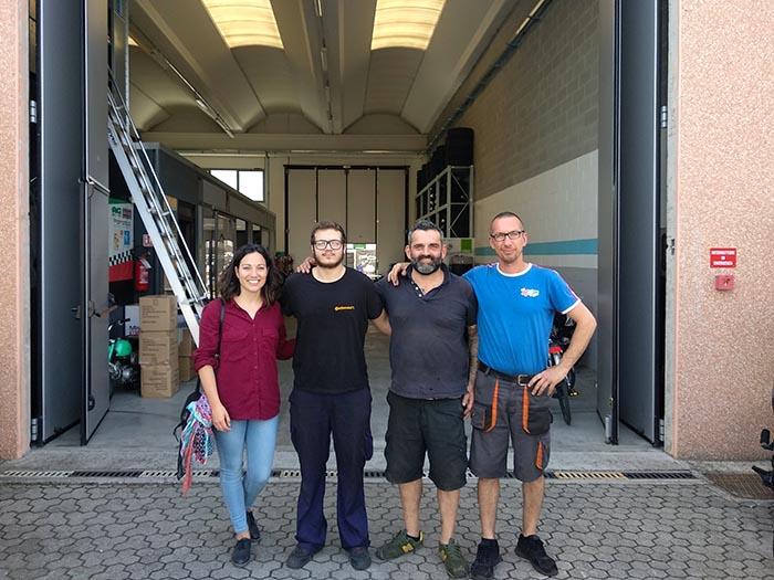 Alba Pérez visita a Marcos(alumnos CFGM Automoción INTER) en Italia
