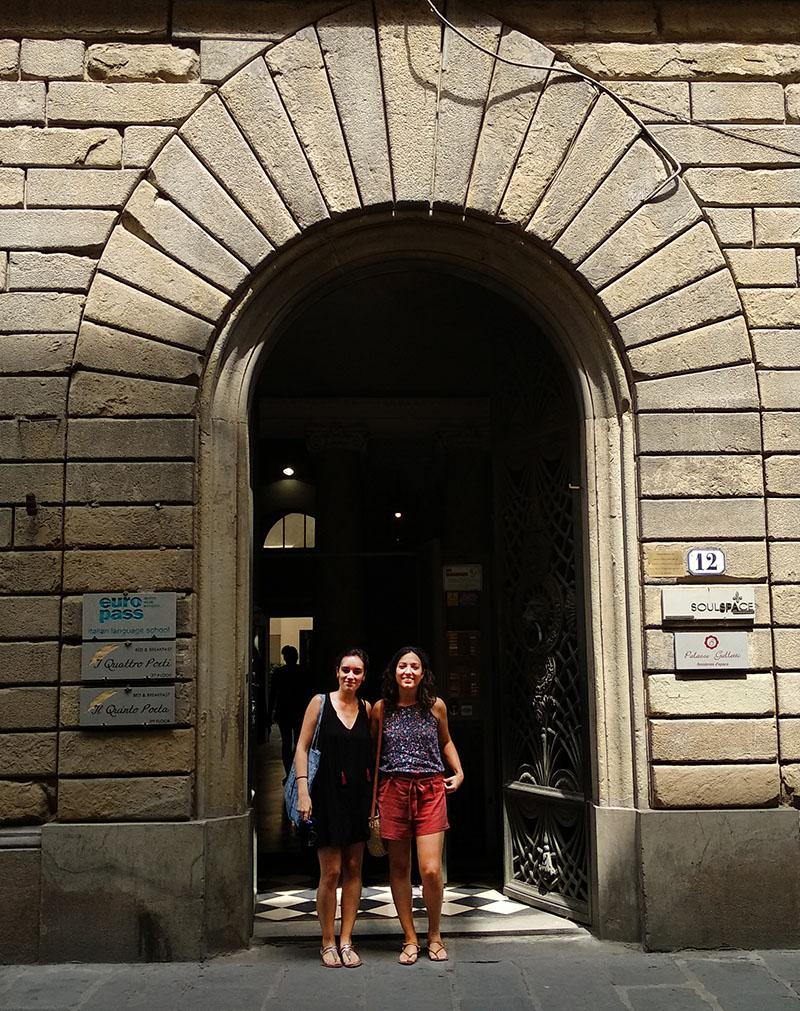Alba docente INTER en Florencia recibiendo curso