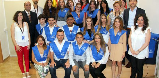 Graduación CFGM Aux. de Enfermería Grupo Mañana SVTE