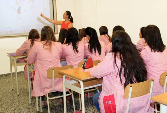 Alumnas CFGS Educación Infantil INTER en clase