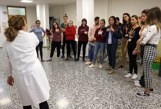 6_Clase práctica de psicomotricidad en CFGS Educación Infantil - Instituto INTER