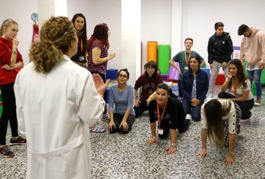 8_Clase práctica de psicomotricidad en CFGS Educación Infantil - Instituto INTER