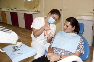 6_Clase práctica de limpieza bucodental en Instituto INTER