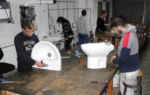 13_Clases Prácticas en taller Fontanería de Instituto INTER