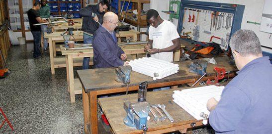 8_Clases Prácticas en taller Fontanería de Instituto INTER