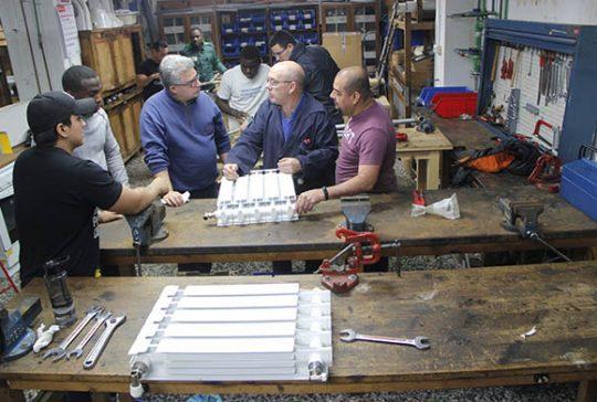 11_Clases Prácticas en taller Fontanería de Instituto INTER