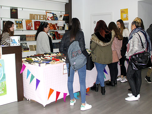 _Mercadillo literario solidario en INTER
