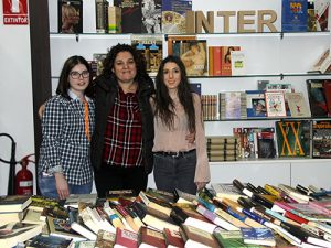 6_Mercadillo literario solidario en INTER