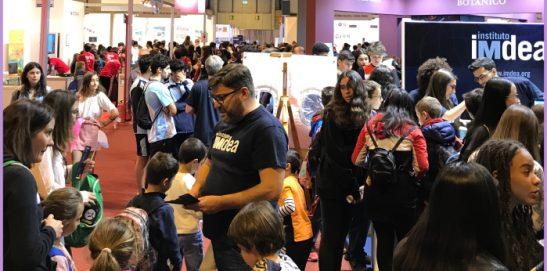 Visita a la Feria de la Educación (2 de 3)