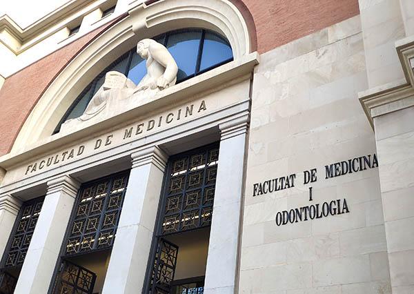 Fachada Facultad de Medicina y Odontología de Valencia