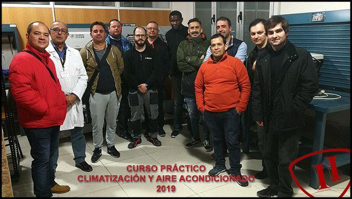 Alumnos INTER que finalizan el curso de Climatización y Aire Acondicionado