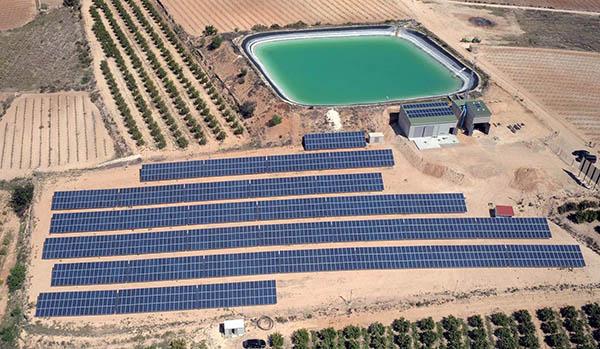 4_Alumnos INTER visitan instalaciones de bombeo por paneles folovoltaicos