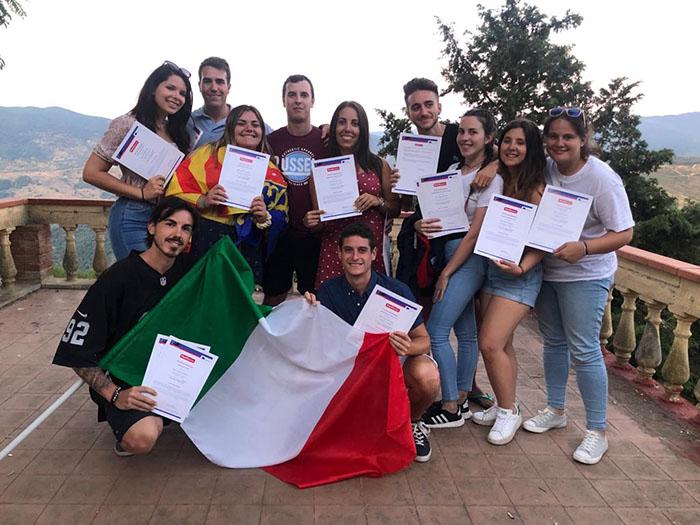 Entrega de certificados a los alumnos de Instituto INTER en movilidad Erasmus+ a Sicilia