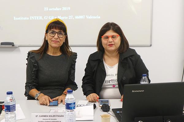 Carrmen Soler y Victoria Miguel en un taller celebrado en Instituto INTER