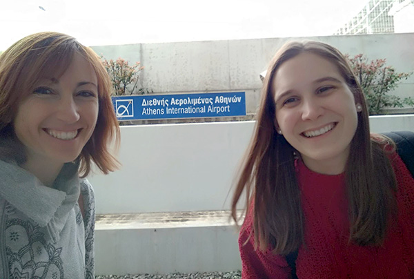 Laura Domenech, docente Instituto INTER, junto a María Marco