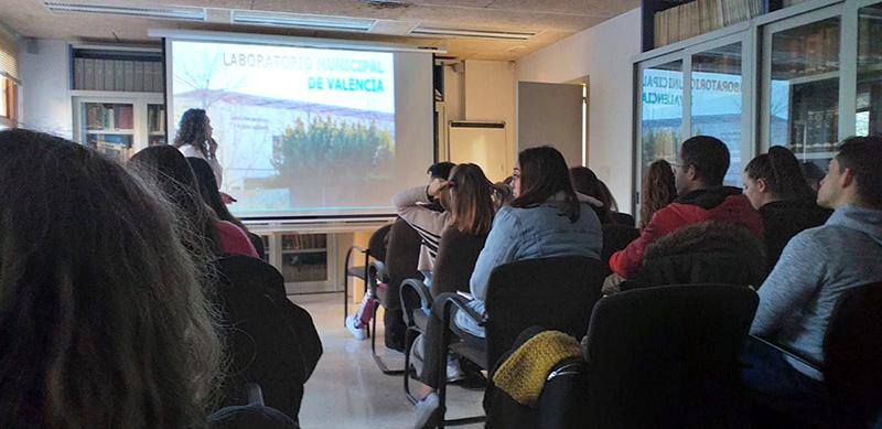 Alumnos INTER ciclo Dietética visitan Laboratorio Municipal de Valencia