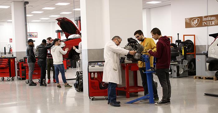 Taller de Mecánica en Instituto INTER