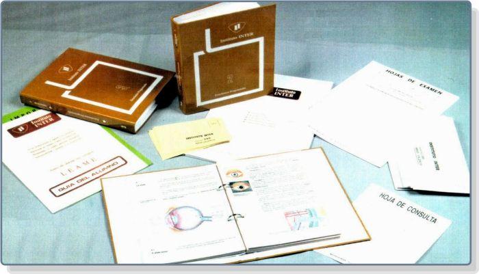 Libros de texto y sobres