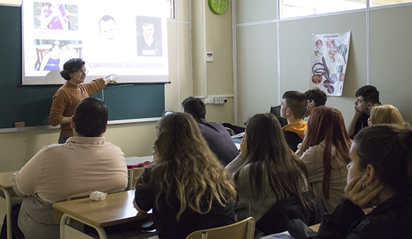 Charla para alumnos TCAE Instituto INTER sobre plena inclusión