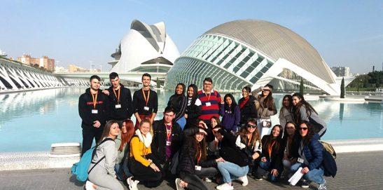 TCAE Semi INTER visita la Exposición del Ninot 2020